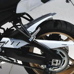 Ermax zadní blatník s krytem řetězu - Yamaha FZ8 Fazer 2010-2016 2010/2014 pearl white (BWC1)