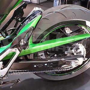 Ermax zadní blatník s krytem řetězu - Kawasaki Z800 2013-2016, 2013/2015 green mat/metallic black